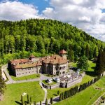 Cantacuzino Castle – transposition in the era of refinement